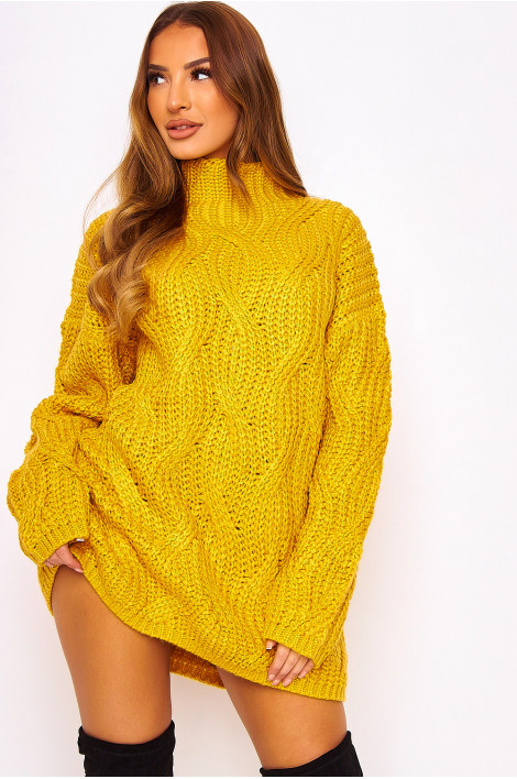 Robe pull en maille moutarde oversize