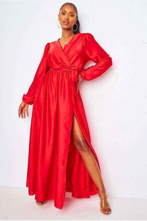 Robe longue rouge satiné ceinturée